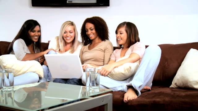 Amizade feminino - vídeo