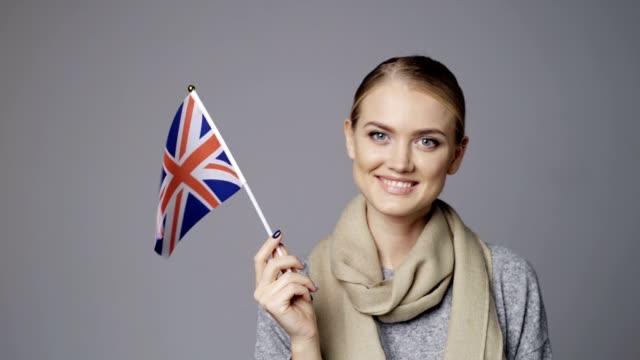 Portefeuille femme drapeau britannique - Vidéo