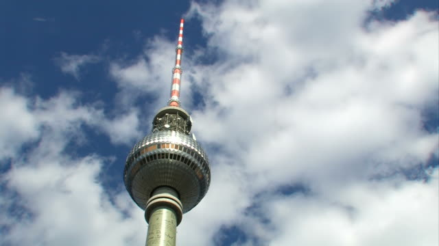 'Fernsehturm Alexanderplatz' - Berlin (Time Lapse) video