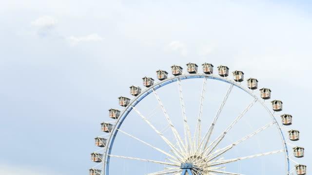 ferris wheel, realtime, hd - oktoberfest stock videos and b-roll footage