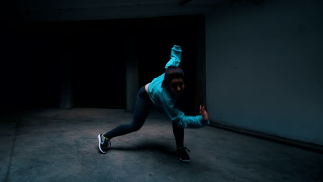 few dancers performing their moves - hip hop video stock e b–roll