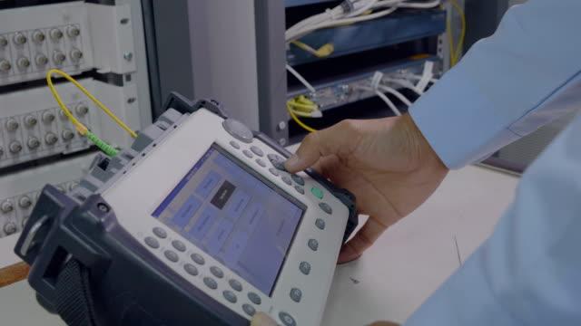 fiberoptik - optiska instrument bildbanksvideor och videomaterial från bakom kulisserna
