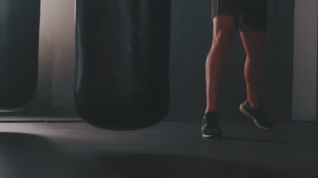 fight your way right into fit - kick boxing video stock e b–roll