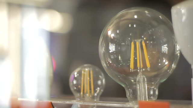 LED filament light bulb (E27 video