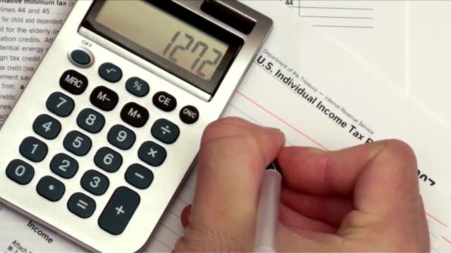 архивировать налоги свободная номера-hd - dollar bill стоковые видео и кадры b-roll