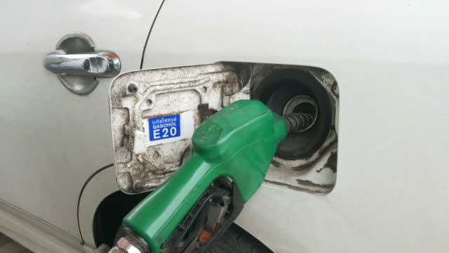 filled fuel into car video