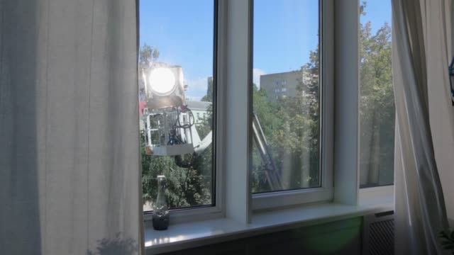 film ljus som utanför fönstret - skylift bildbanksvideor och videomaterial från bakom kulisserna