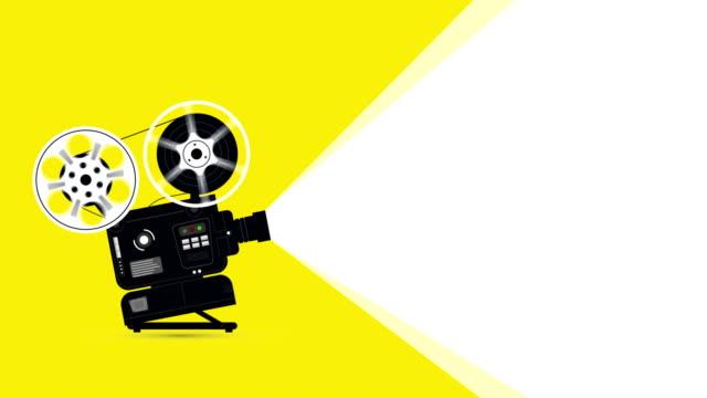 vídeos de stock, filmes e b-roll de animação do projetor de filme com copyspace - pré estreia