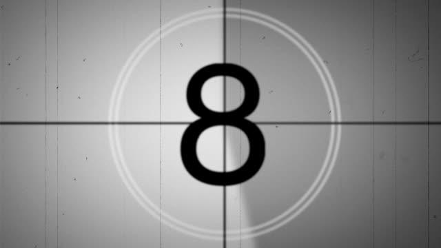フィルムスタイル SMPTE リーダーのカウントダウン 24p グレースケール ビデオ