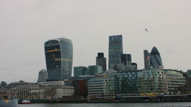 4K: Financial District of London UK to Defocus video