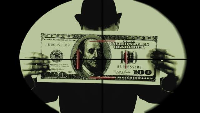 재무관련 위협 - 한 명의 중년 남자만 스톡 비디오 및 b-롤 화면