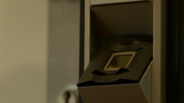 fingerprint scanner door security video