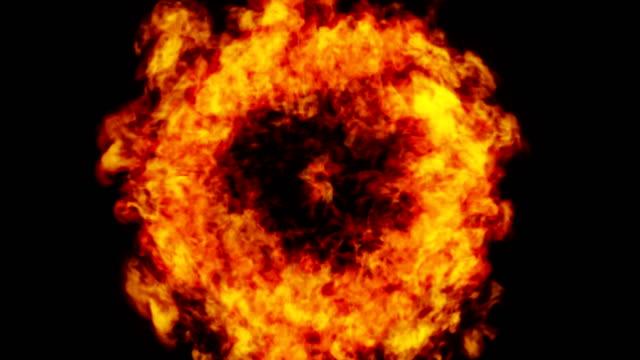 feuerexplosionsübergang in die kamera, 4k, alpha - explodieren stock-videos und b-roll-filmmaterial