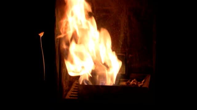 fire pellet on video