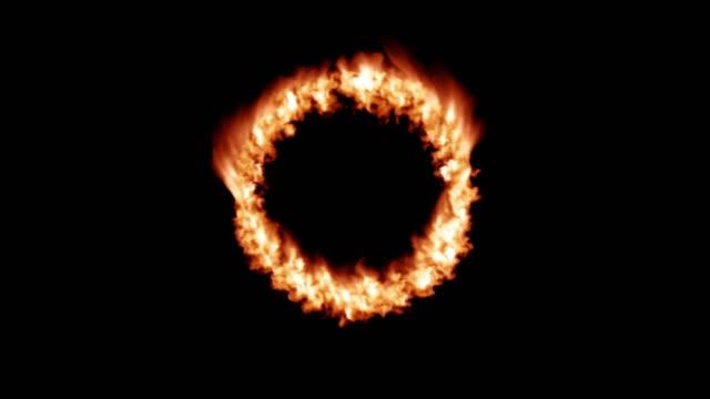 火炎遷移円リングを燃やす 4 k - 指輪点の映像素材/bロール