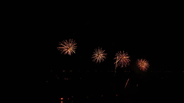 4K Firework display at night 4K Firework display at night happy 4th of july videos stock videos & royalty-free footage