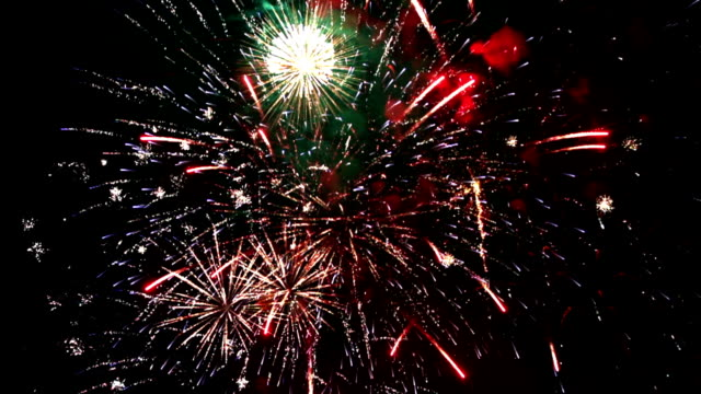 fuochi d'artificio, loopable, rallentatore - 4 luglio video stock e b–roll