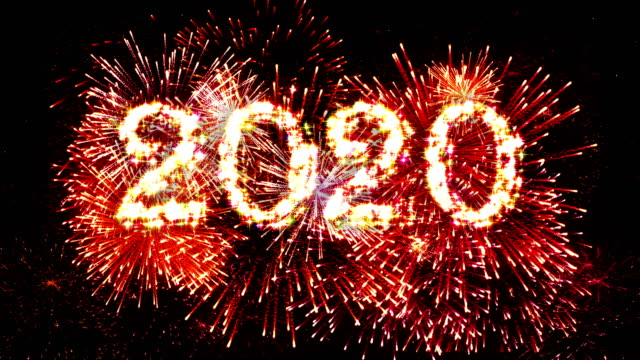 fireworks display countdown 2020 red 4k. - petardo video stock e b–roll