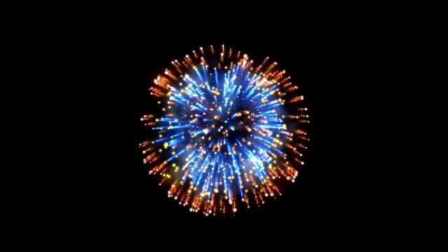 havai fişek, turuncu ve mavi tatil arka plan, siyah - fireworks stok videoları ve detay görüntü çekimi