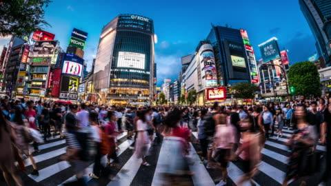 vídeos y material grabado en eventos de stock de t/l ws vistas del cruce de shibuya al atardecer / tokyo, japón - calle principal calle