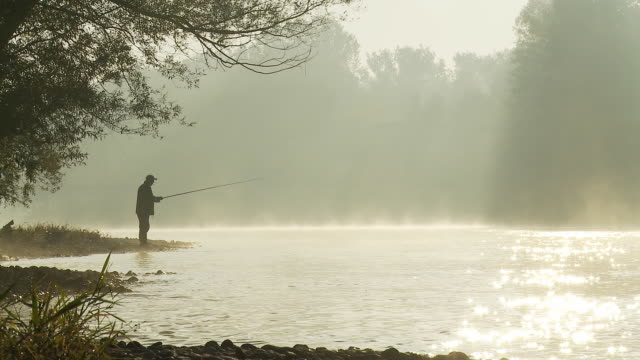 HD DOLLY: Fishing By The Misty River video