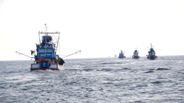 fishingboat - fiskebåt bildbanksvideor och videomaterial från bakom kulisserna