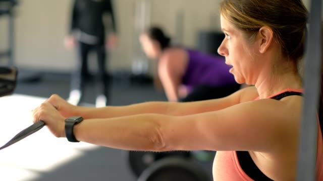 fitness-kurse - fitnesskurs stock-videos und b-roll-filmmaterial