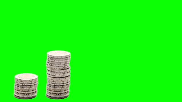 five stacks of coins rise, fall and rise again - stop motion - chroma key. - cinque oggetti video stock e b–roll