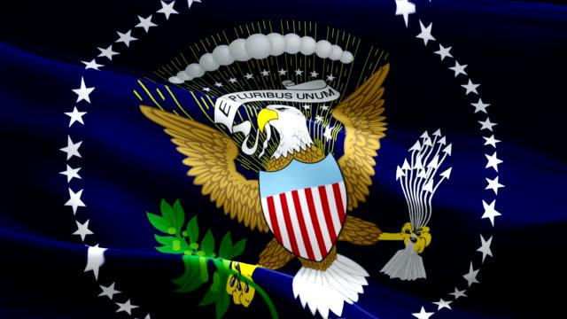 flaga prezydenta stanów zjednoczonych 2020 macha flagą na wybory prezydenta usa. keep america great! stany zjednoczone 3d flaga białego domu macha. prezydent usa bez szwu animacji. biały dom waszyngton - white house filmów i materiałów b-roll