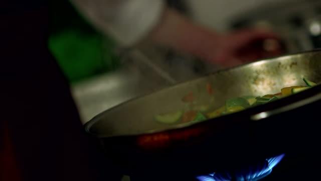 Flambe Veggies video
