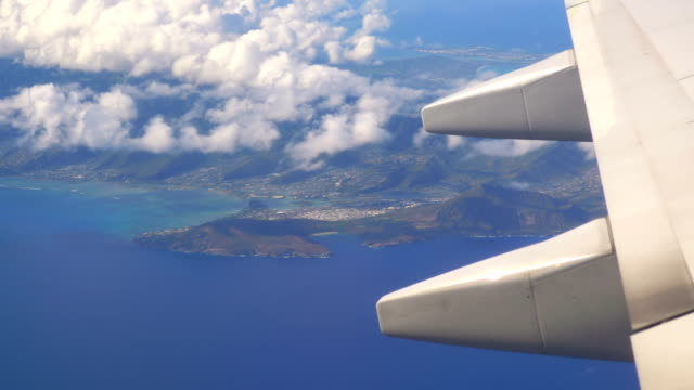 Flight above Oahu Hawaii in 4K Slow motion 60fps video
