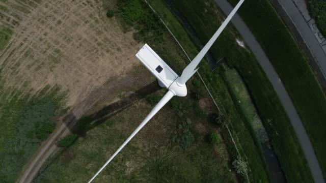 Flight close to a Windmill video