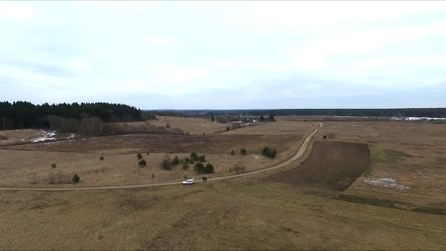flug über die landschaft 5 - litauen stock-videos und b-roll-filmmaterial