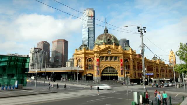 フリンダースストリート駅は、メルボルン,オーストラリア - オーストラリア メルボルン点の映像素材/bロール