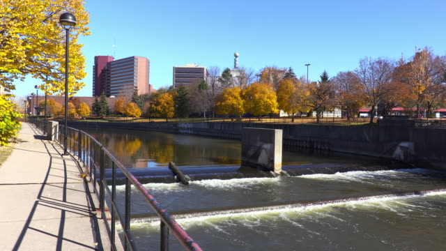 Flint River, Flint Michigan video