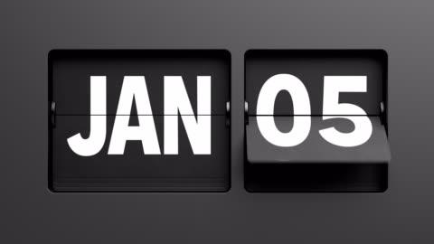 vänd kalender bläddra snabbt igenom året från 1 januari till 31 december - dag bildbanksvideor och videomaterial från bakom kulisserna