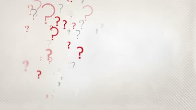 floating interrogativo loop di sfondo rosso pastello & hd nero - question mark video stock e b–roll