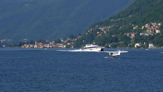 Floatplane Como Lake - video