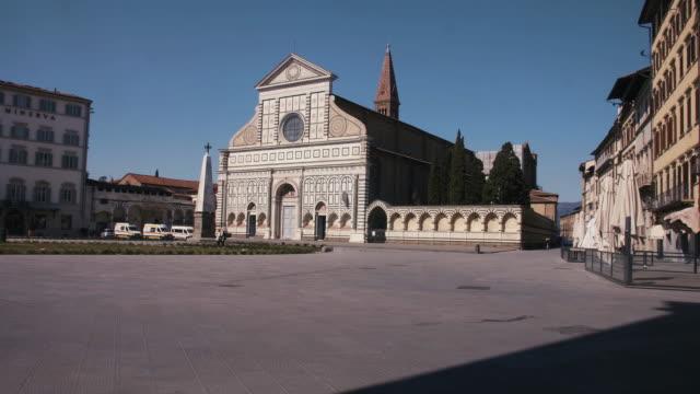 フィレンツェ ロックダウン covid19 - サンタ マリア ノヴェッラ教会 - ロックダウン点の映像素材/bロール
