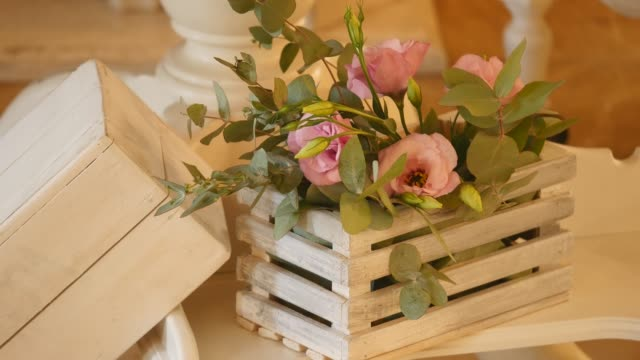Flower decorations on the wedding tables video