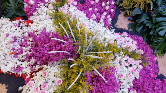 vídeos y material grabado en eventos de stock de jardín de flores en la arena - hinduismo
