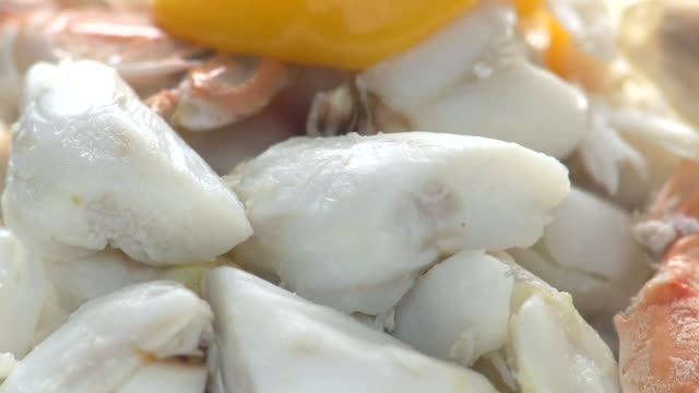 flowing yolk on top crab video