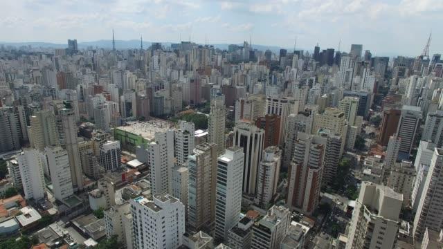 Vuelo en la ciudad de Sao Paulo, Brasil - vídeo