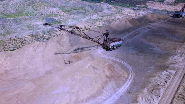 Flying in the career of an excavator video