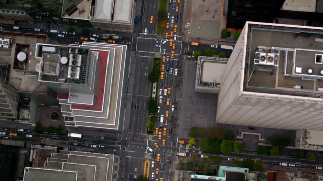 Flying over busy Manhattan street, New York City video