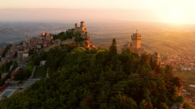 Flying over the amazing hilltop fortresses on Monte Titano in San Marino.