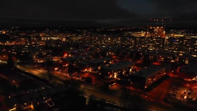 flyga över villa området, winter sunset - sweden map bildbanksvideor och videomaterial från bakom kulisserna