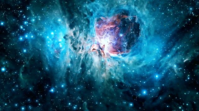 flying through the orion nebula. - układ słoneczny filmów i materiałów b-roll