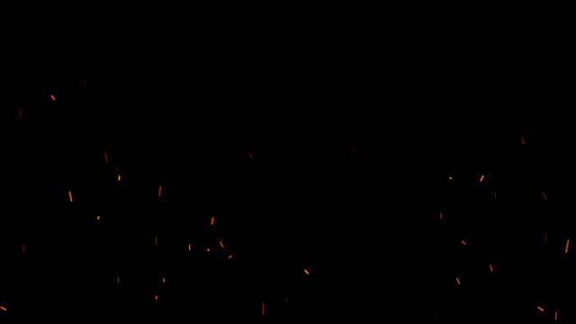 vídeos y material grabado en eventos de stock de volando chispas de fuego ámbar - chispas