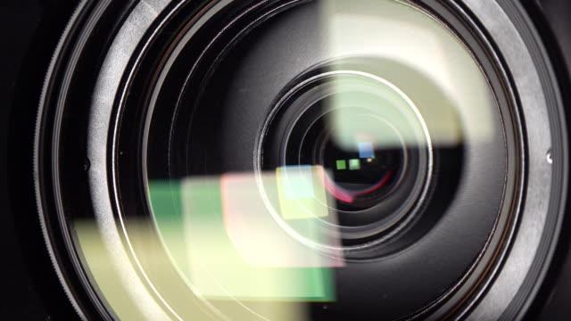カメラカメラレンズのフォーカスとズーム、4k - 映画用カメラ点の映像素材/bロール